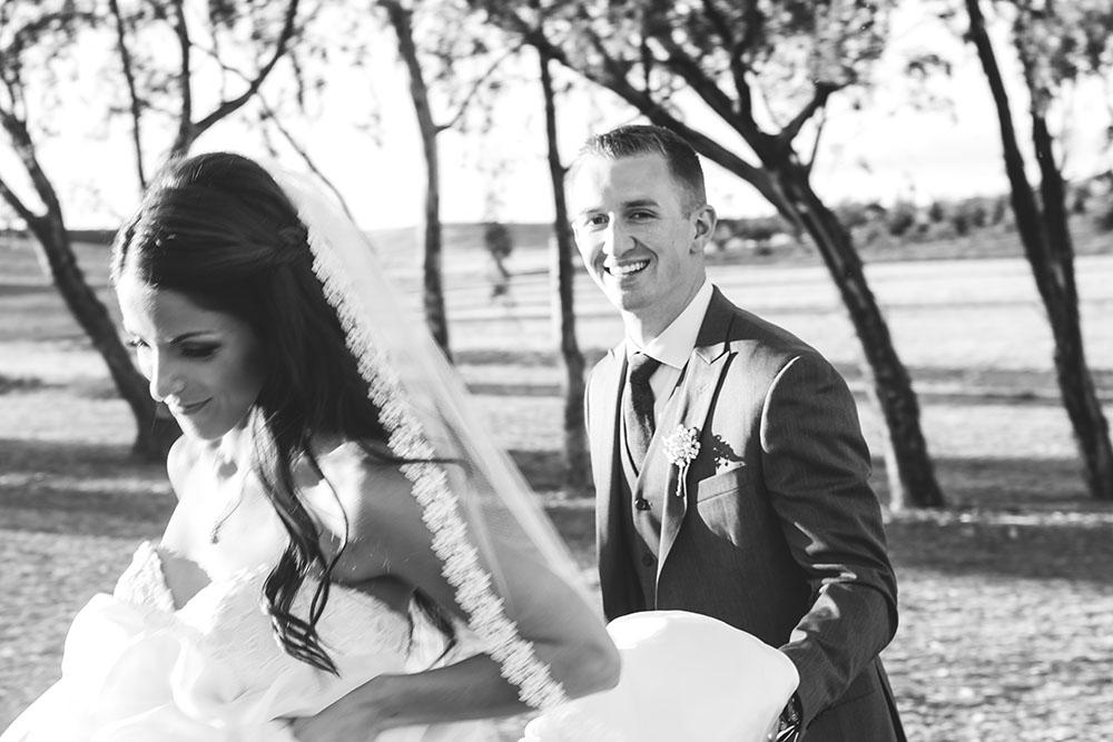 How To Write A Wedding Timeline